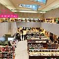學院書店-1.JPG