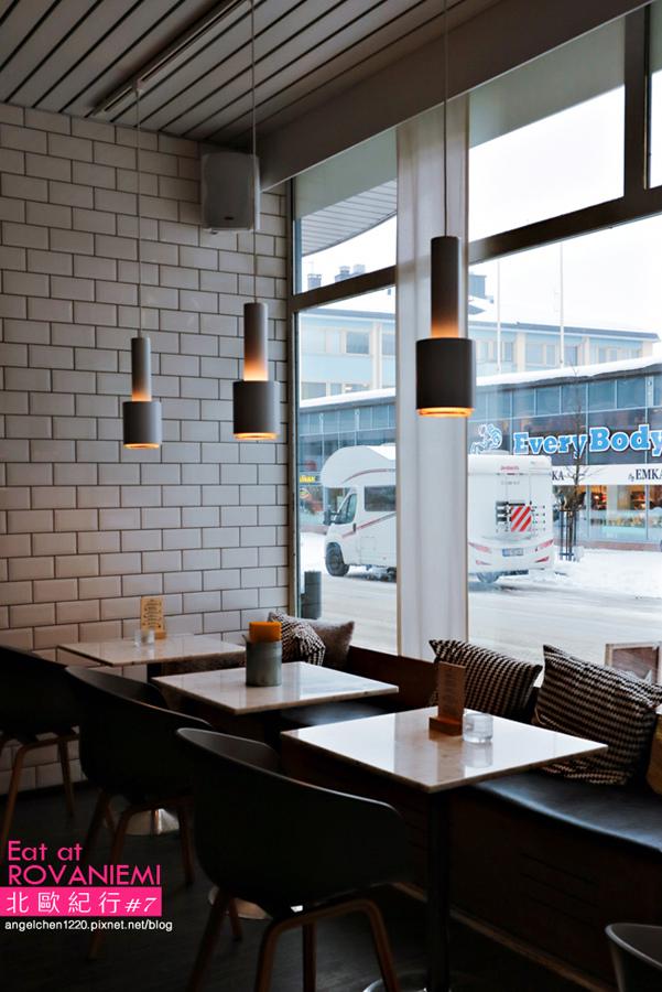 cafe&bar 21-4.jpg