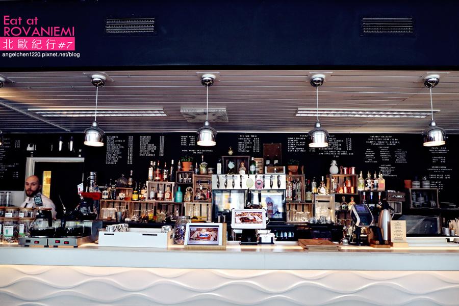 cafe&bar 21-5.jpg