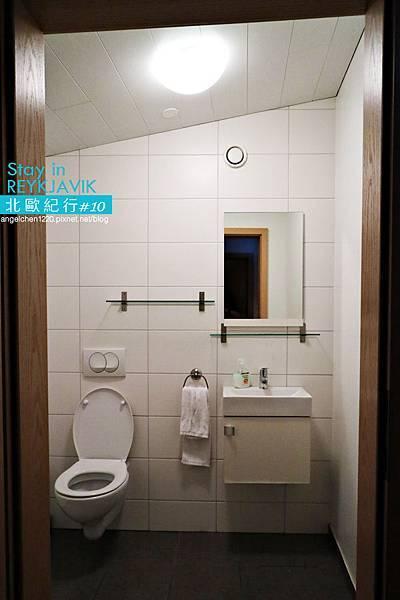 REY Apartment-24.jpg