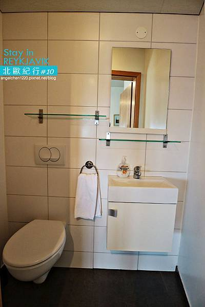 REY Apartment-34.jpg