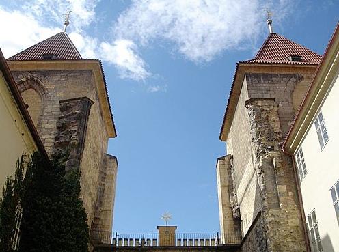 鎖鏈教堂.jpg