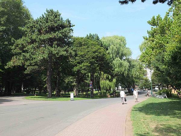 北海道大學入口.jpg