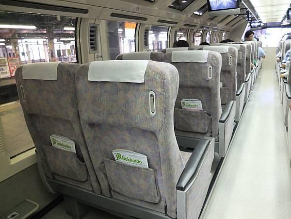 列車座位.jpg