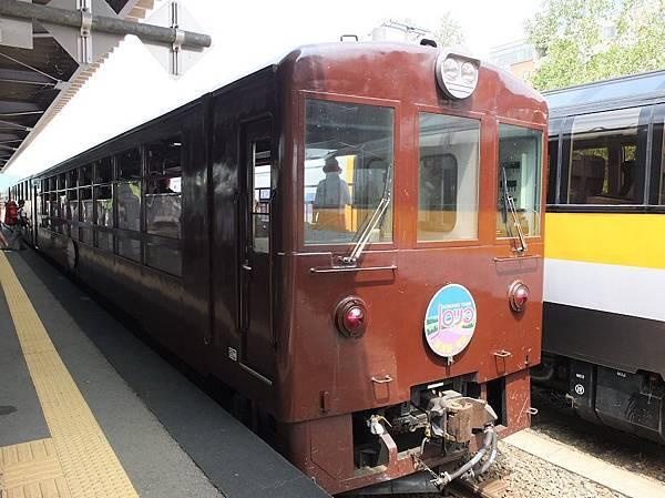 富田火車.jpg