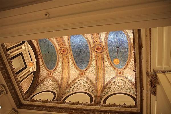 Macy's 美麗的天花板.JPG