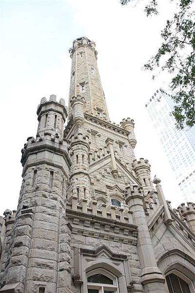 Old Chicago Water Tower District.JPG