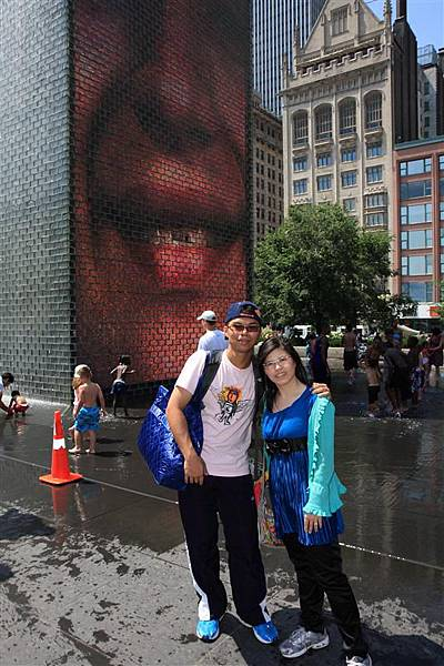 Millennium park _Crown Fountain (5).JPG