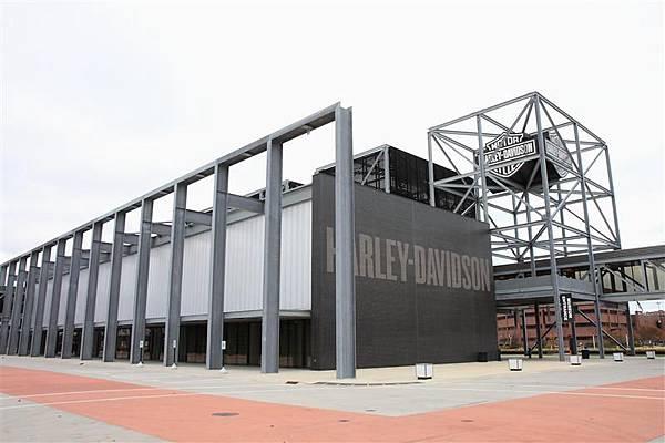 Harley-Davidson Museum.JPG