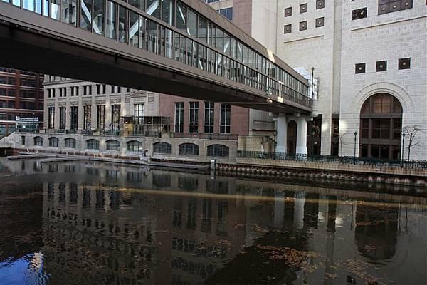 Milwaukee street 07.JPG