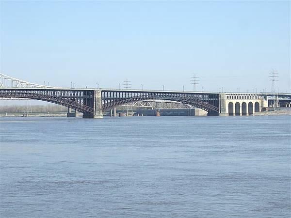 Mississippi River 2.JPG