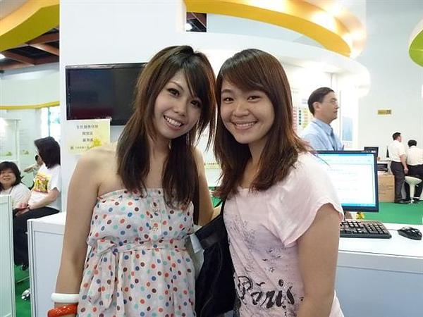 我很不要臉的跑去跟SG拍照!!!