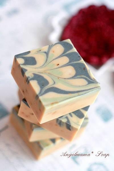 小麥胚芽楊甘菊母乳皂