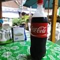 可樂!  我們買大罐家庭號的70P