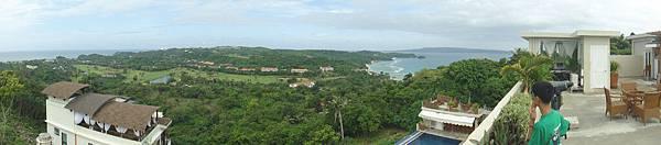 這一面則是東岸看S1的方向~一大片綠色是個高爾夫渡假村