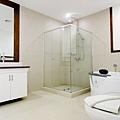 超大浴室,淋浴+按摩浴缸