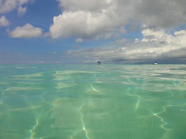 好可愛的海+雲朵