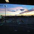 抵達馬尼拉!因為我心態還在度假所以覺得天空也很美麗
