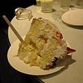 切得很美~草莓奶凍蛋糕