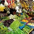 販賣魚貨、蔬菜、紀念品的傳統市場!