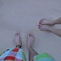S3的沙真的比較粗耶~踩起來觸感差很多