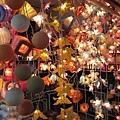 超吸引我的燈飾店.....