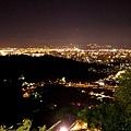 偽香港!! 山整塊黑掉,看起來就是香港夜景呀!  好酷!!...