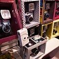 販售各種lomo相機~底片歐