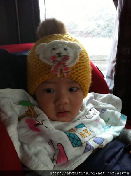 這頂帽子一帶上整個都變小女生了~