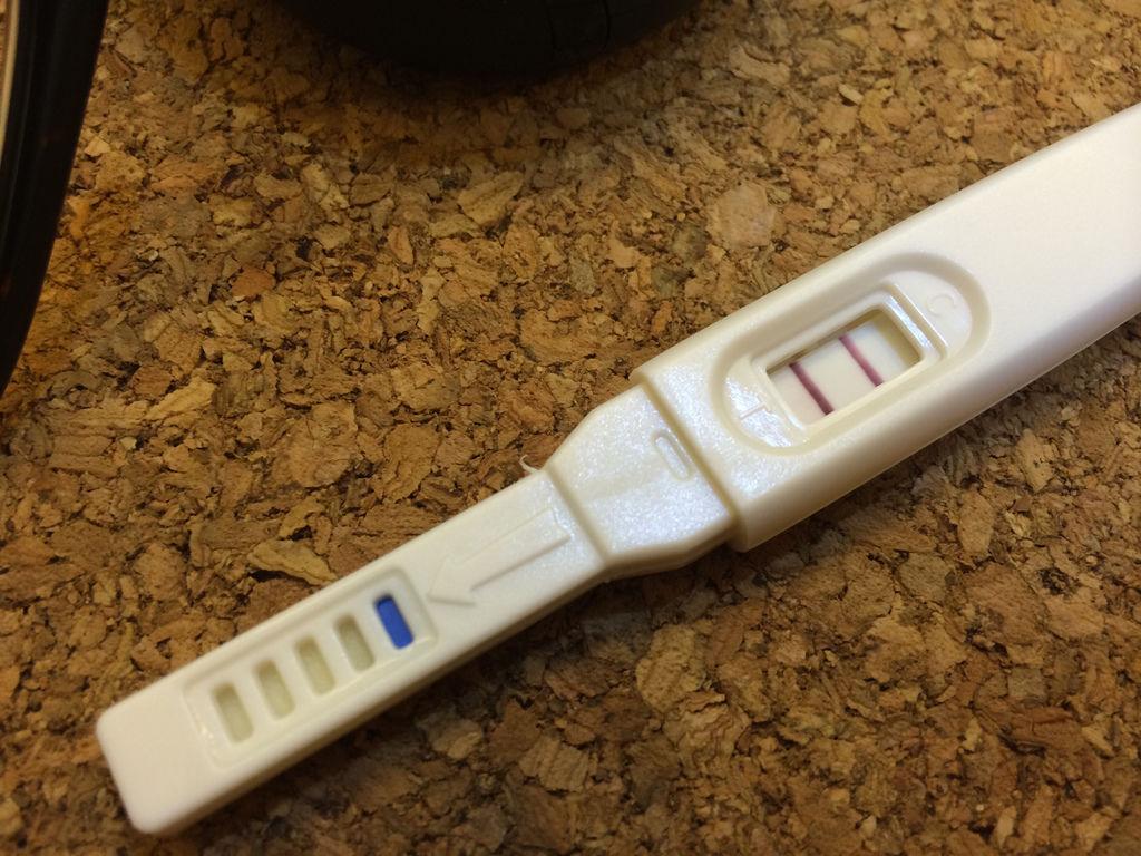 晨尿驗孕超級明顯