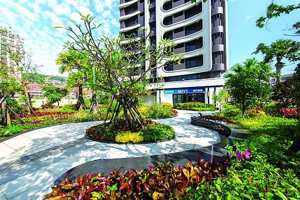 1F花園5.jpg