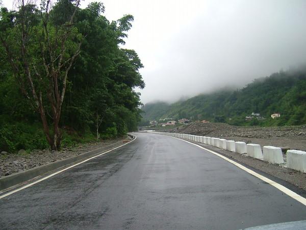 重建後的桐林道路
