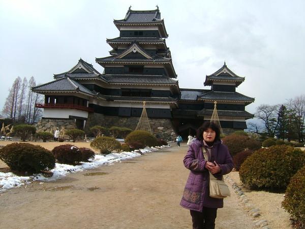 長野縣的松本城是保存最古老的建築,是日本國寶