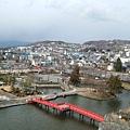 松本城(日本語為matumoto)的護城河