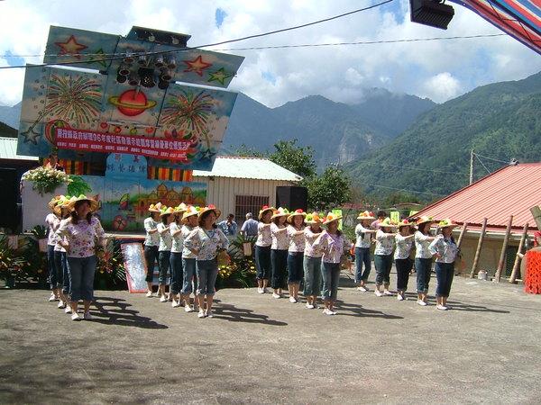 社區媽媽教室之採茶舞
