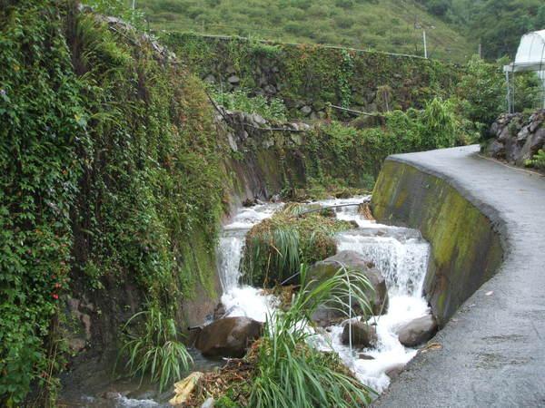 08.07.18乾涸的野溪在卡玫基台風後