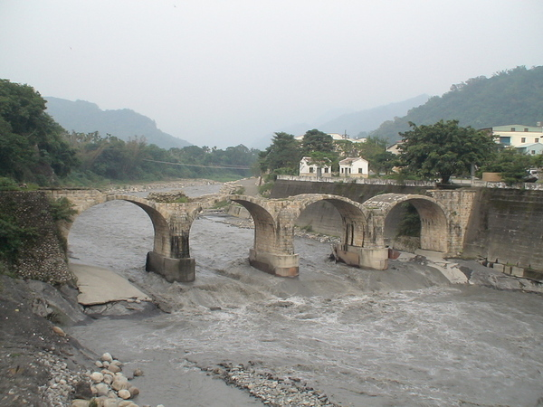 七二水災後的糯米橋.jpg