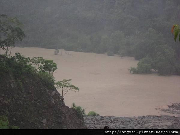 20123.06.12~610水災後的堰塞湖