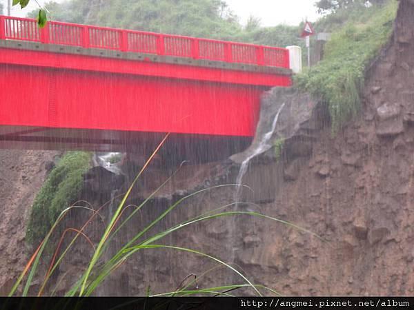 20123.06.12~610水災土石流沖刷後的頭坑溪新建鐵橋