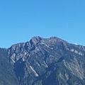 08.11.14玉山山脈群峰.jpg