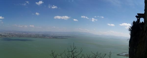 08.11.22西山龍門下的滇池