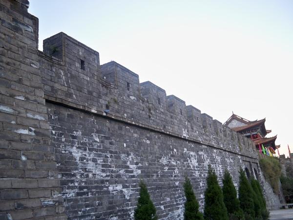 08.11.23大理古城城牆