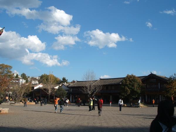 08.11.24麗江古城廣場