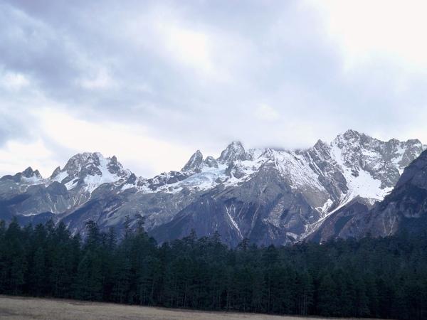 08.11.25雲杉坪與玉龍雪山