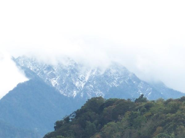 08.12.09玉山的雪