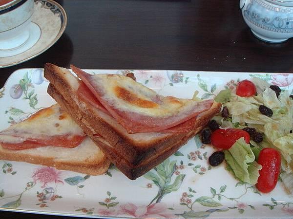 焗烤火腿厚片