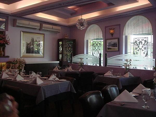 臻典西餐廳