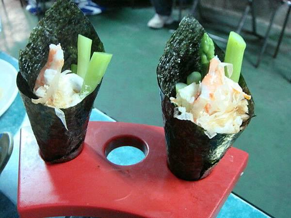 蘆筍鮮蝦手卷