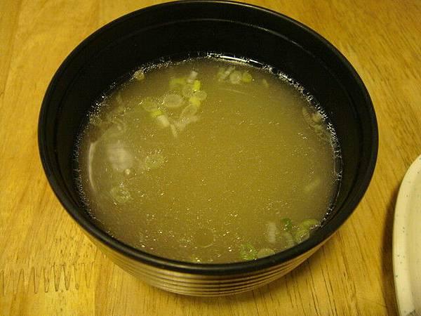 乾拌麵附的湯