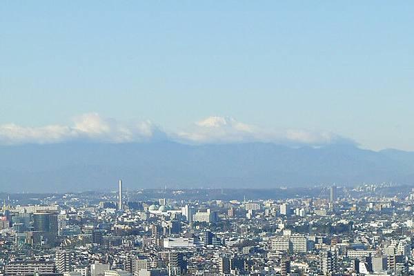 遠方的富士山很美